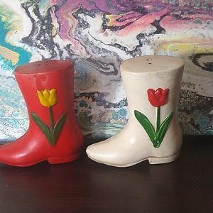 Tulip zipper colorful salt& pepper shakers 1968